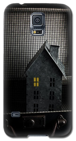 Leave The Light On Galaxy S5 Case