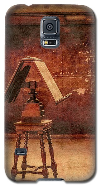 Paris, France - Lectern Galaxy S5 Case