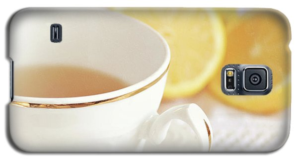 Galaxy S5 Case featuring the photograph Lemon Tea by Lyn Randle