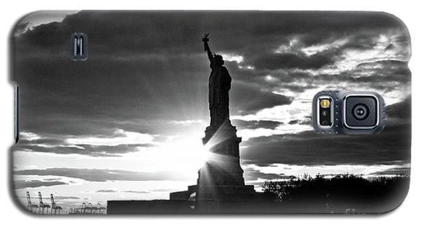 Galaxy S5 Case featuring the photograph Liberty by Ana V Ramirez