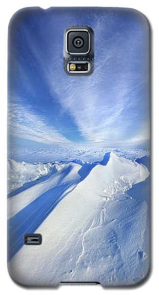 Galaxy S5 Case featuring the photograph Life Below Zero by Phil Koch