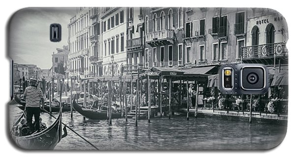 Life On The Grand Canal In Black And White  Galaxy S5 Case