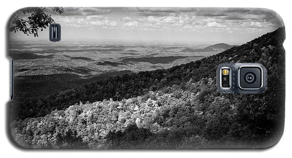 Galaxy S5 Case featuring the photograph Light And Shadow On Tennessee Mountains In Black And White by Chrystal Mimbs