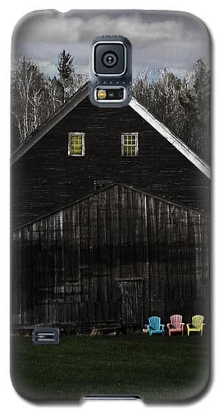 Light In The Barn Attic Galaxy S5 Case