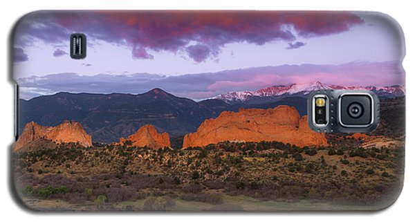 Galaxy S5 Case featuring the photograph Light Of The Sun by Tim Reaves