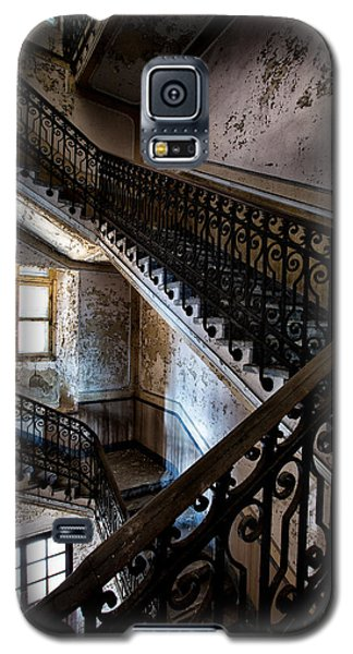 Light On The Stairs - Urban Exploration Galaxy S5 Case by Dirk Ercken