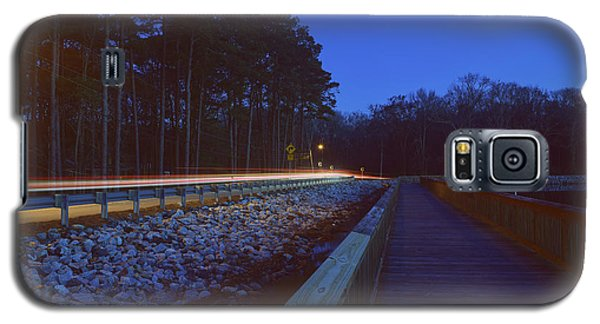 Light Trails On Elbow Road Galaxy S5 Case