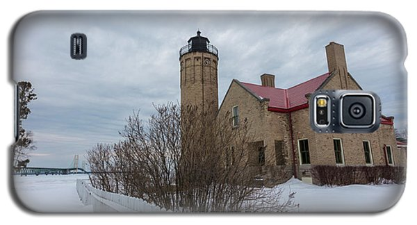 Galaxy S5 Case featuring the photograph Lighthouse And Mackinac Bridge Winter by John McGraw