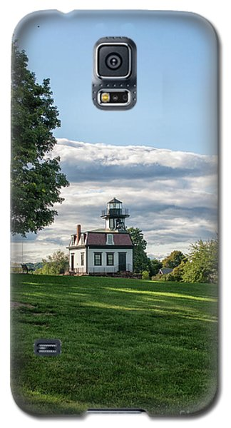 Lighthouse At Cape Cod Galaxy S5 Case