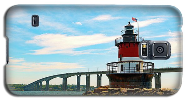 Lighthouse On A Small Island Galaxy S5 Case