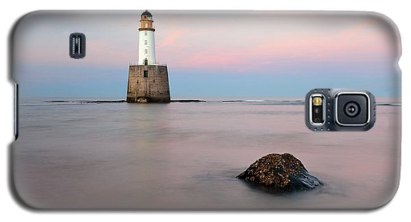 Galaxy S5 Case featuring the photograph Lighthouse Rattray by Grant Glendinning