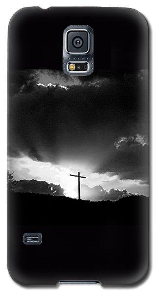 Galaxy S5 Case featuring the photograph Lighting Faith by Karen Musick