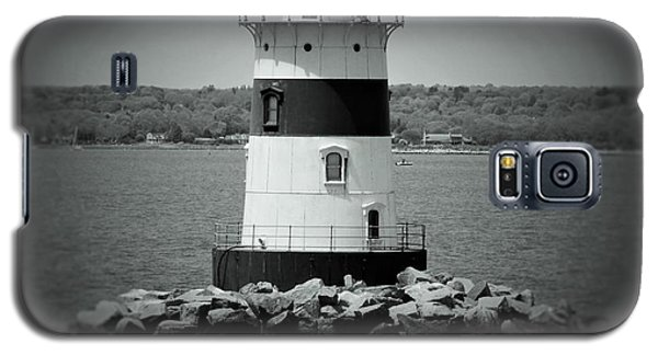 Lights Out-bw Galaxy S5 Case