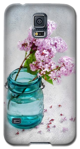 Lilacs In A Glass Jar Still Life Galaxy S5 Case by Louise Kumpf