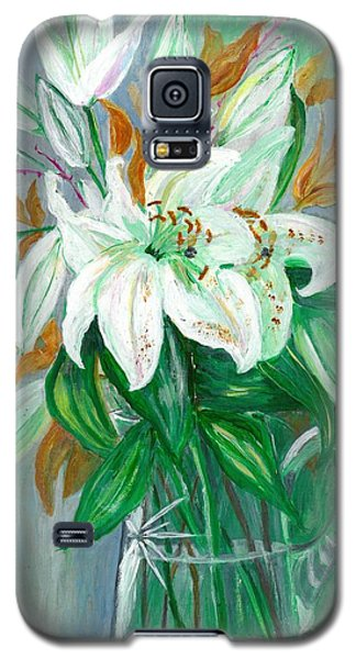Lilies In A Glass Vase - Painting Galaxy S5 Case by Veronica Rickard
