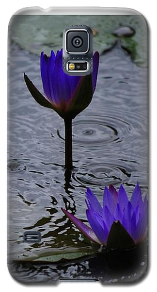 Lilies In The Rain Galaxy S5 Case