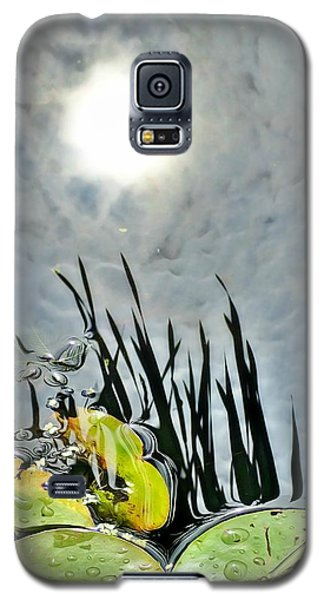 Lily Pad Reflection Galaxy S5 Case