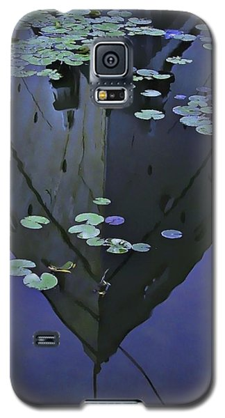 Lily Pads And Reflection Galaxy S5 Case