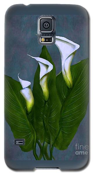 White Calla Lilies Galaxy S5 Case by Peter Piatt