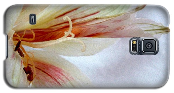 Galaxy S5 Case featuring the digital art Lily With Texture by Kae Cheatham