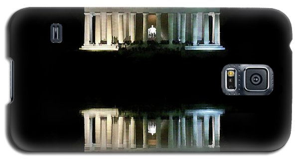 Galaxy S5 Case featuring the photograph Lincoln Memorial by Lorella Schoales