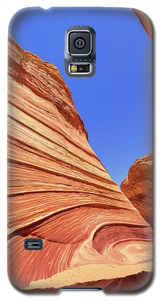 Galaxy S5 Case featuring the photograph Lines by Chad Dutson