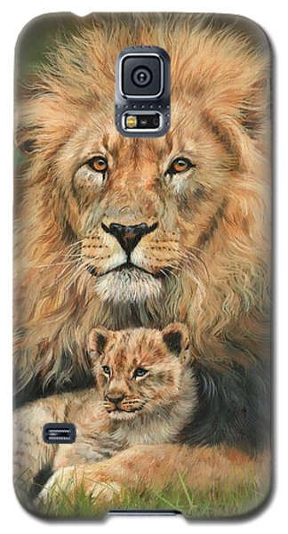 Galaxy S5 Case featuring the painting Lion And Cub by David Stribbling