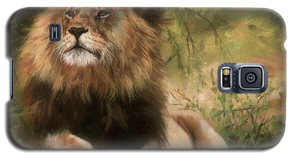Galaxy S5 Case featuring the painting Lion Resting by David Stribbling