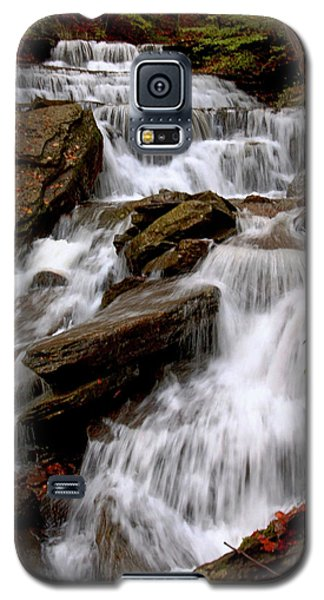 Galaxy S5 Case featuring the photograph Little Four Mile Run Falls by Suzanne Stout