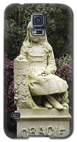 Little Gracie Bonaventure Cemetery Galaxy S5 Case by Jeannette Hunt