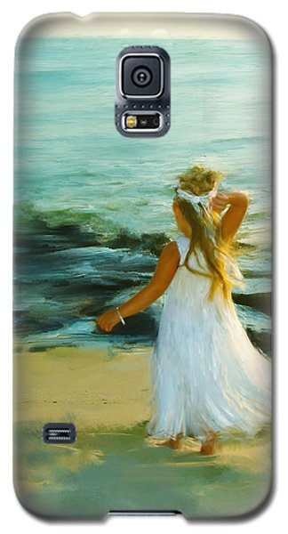 Galaxy S5 Case featuring the digital art Little Lady At The Beach by Patricia Lintner