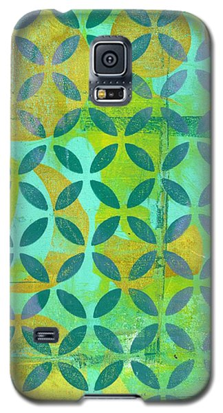 Galaxy S5 Case featuring the mixed media Little Lemon Tree by Lisa Noneman