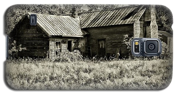 Galaxy S5 Case featuring the photograph Little Red Farmhouse In Black And White by Paul Ward