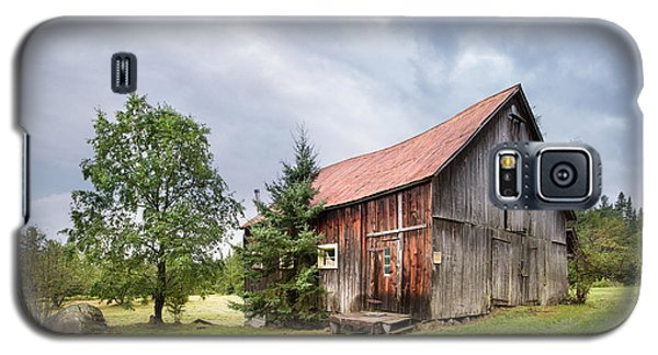 Galaxy S5 Case featuring the photograph Little Rustic Barn, Adirondacks by Gary Heller