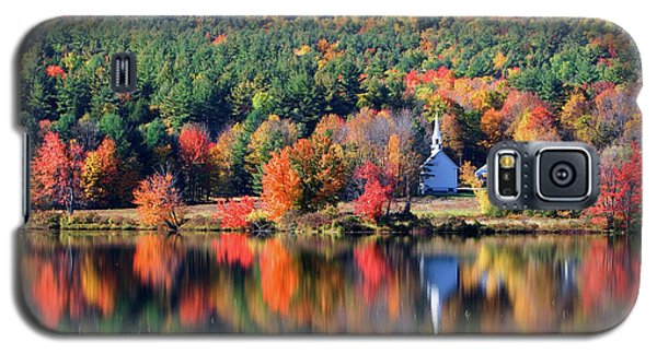 Galaxy S5 Case featuring the photograph 'little White Church', Eaton, Nh	 by Larry Landolfi