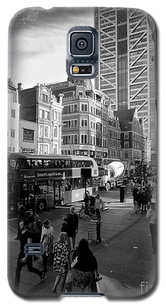 Galaxy S5 Case featuring the photograph Liverpool Street  by Gary Bridger