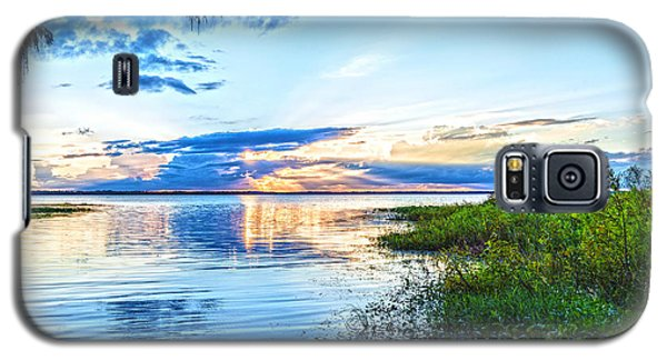 Galaxy S5 Case featuring the photograph Lochloosa Lake by Anthony Baatz