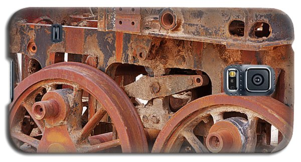 Galaxy S5 Case featuring the photograph Locomotive In The Desert by Aidan Moran