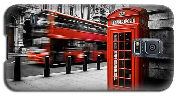 London Bus And Telephone Box In Red Galaxy S5 Case
