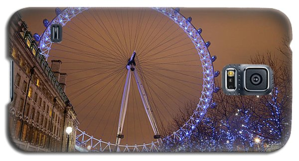 Galaxy S5 Case featuring the photograph Big Wheel by David Chandler