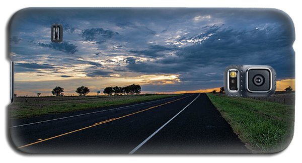 Lone Highway At Sunset Galaxy S5 Case