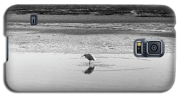 Galaxy S5 Case featuring the photograph Lonely Heron by Nicholas Burningham