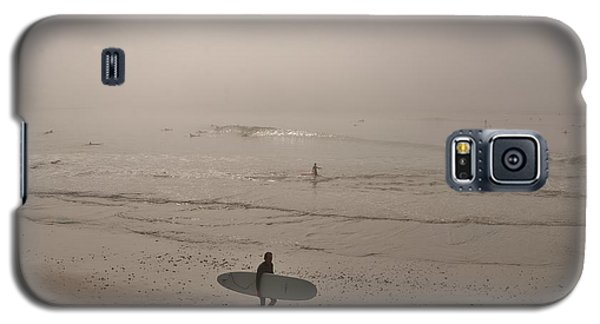 Lonely Surfer Galaxy S5 Case