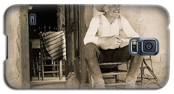 Dove Galaxy S5 Case - Lonesome Dove Gus On Porch  by Peter Nowell