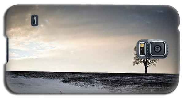 Galaxy S5 Case featuring the photograph Lonesome Tree On A Hill IIi by David Sutton