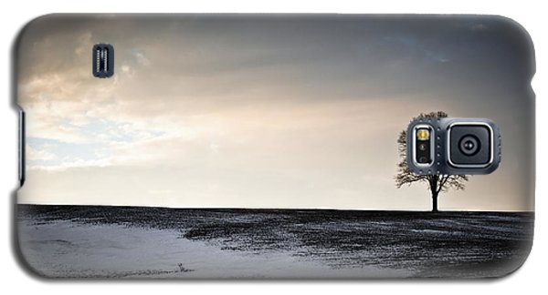 Lonesome Tree On A Hill IIi Galaxy S5 Case by David Sutton