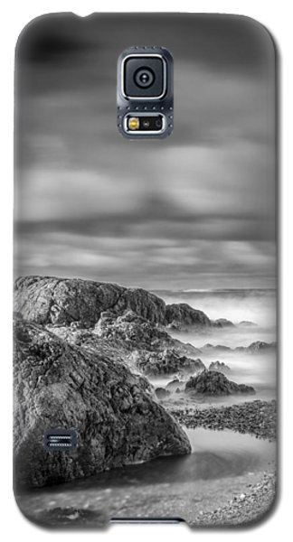 Long Exposure Of A Shingle Beach And Rocks Galaxy S5 Case