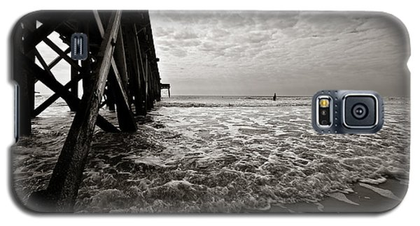 Galaxy S5 Case featuring the photograph Long To Surf by David Sutton