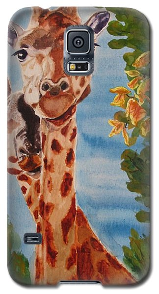 Galaxy S5 Case featuring the painting Lookin Back by Karen Ilari