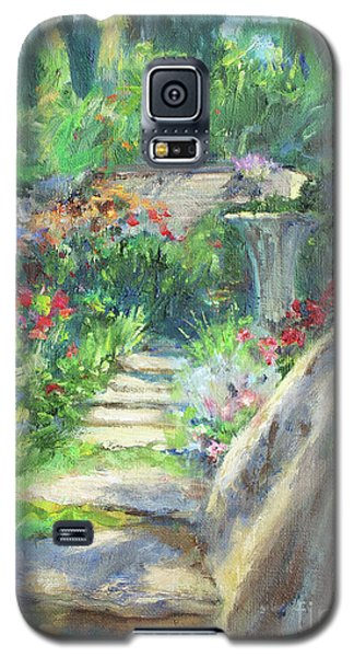 Looking Up The Garden Pathway Galaxy S5 Case